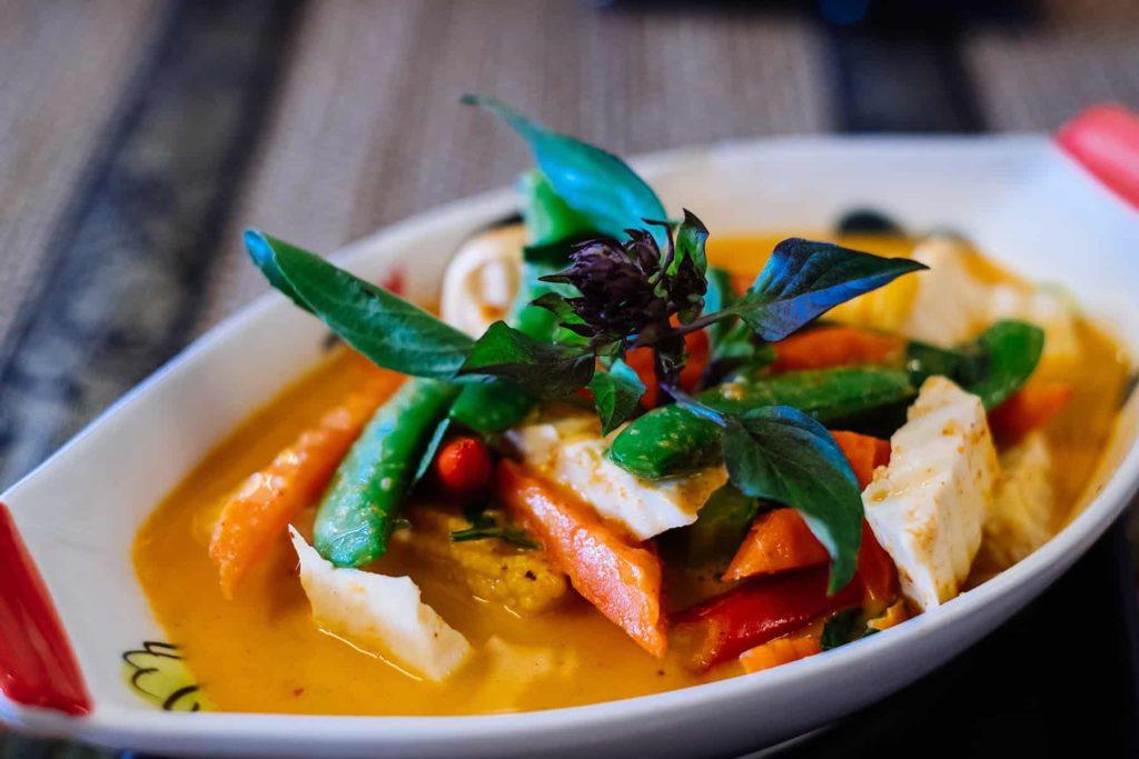 Gelbes-Curry-im-Coffee-Old-Town-Ayutthaya